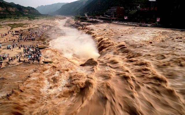 Žuti slap u Kini.