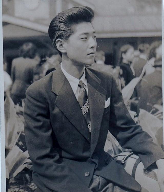 """""""Moj djed s 20 godina u Japanu. 1950-ih."""""""