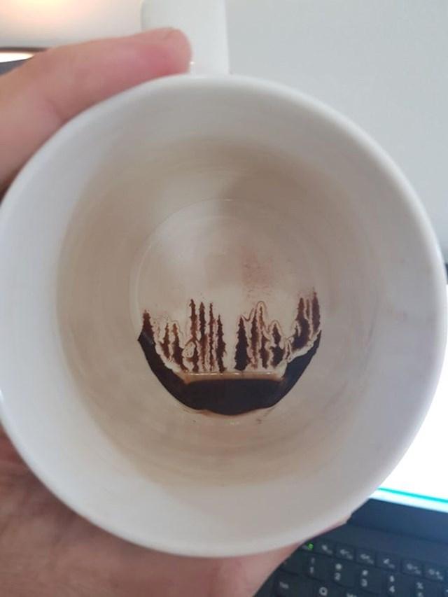 7. Naslage kave koje izgledaju kao alpska šuma