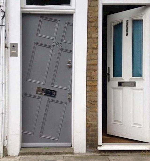 22. Vrata od kojih vam se zavrti u glavi
