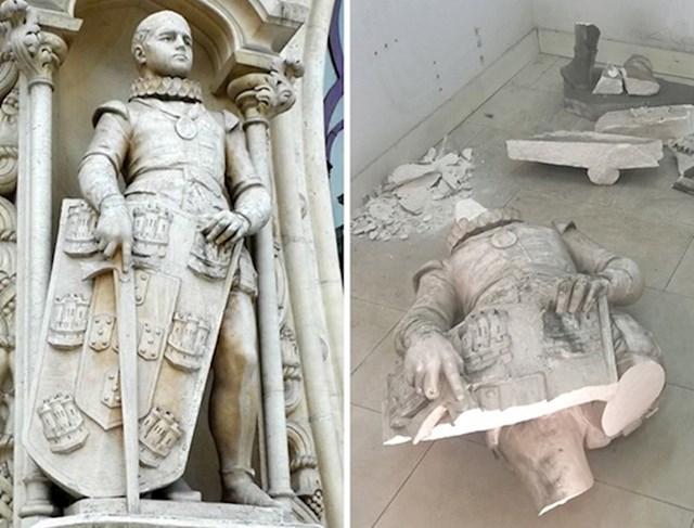 #7 Čovjek se popeo na pijedestal na koji je sjeo, pokušao uslikati selfie i pritom oborio stari kip