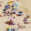 Žena je svojom metodom nanošenja kreme za sunčanje nasmijala ekipu s plaže, ovo je hit