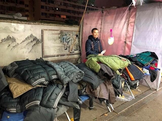 16. Kinezi obožavaju noćne buvljake.
