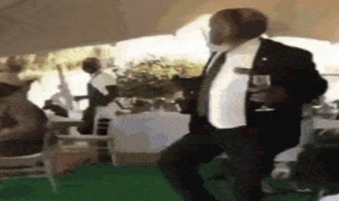 Mladenkin otac zavladao je plesnim podijem, nema konkurencije njegovom plesu