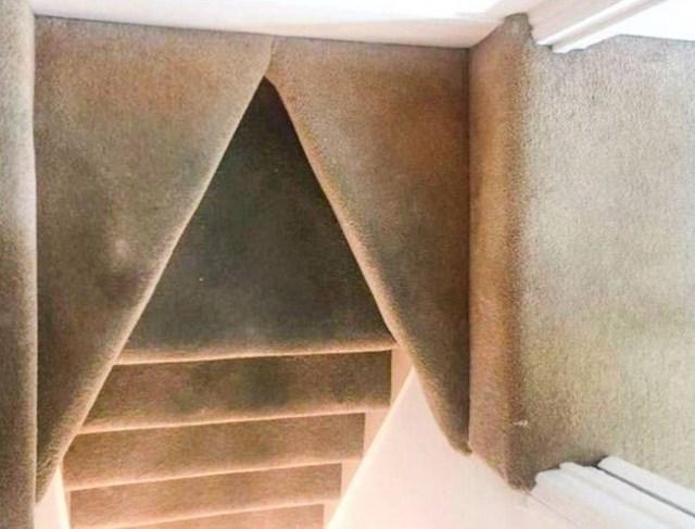 Možete slomiti gležanj samo od pogleda na ove stepenice.