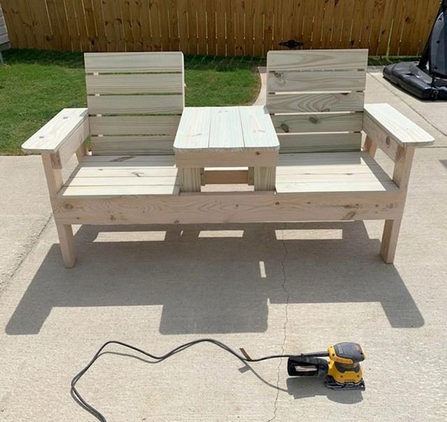 15. Napravio sam ove sjedalice za vrt.