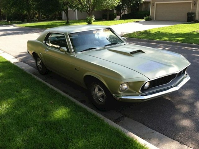 14. Naslijedio sam vintage auto svoga djeda. Morate priznati da je imao ukusa!