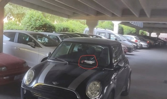 Netko je bahatom vozaču koji je zagradio druge na parkingu ostavio urnebesnu poruku i poklon