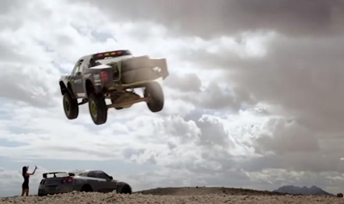 VIDEO 15 ljudi čije vozačke sposobnosti će vas ostaviti bez teksta
