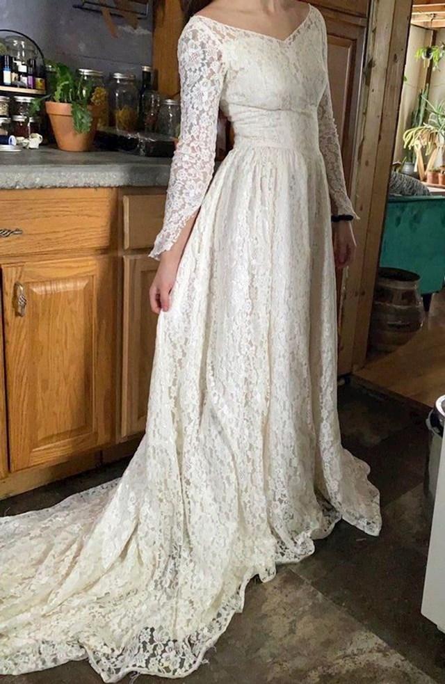 4. Pronašla je vjenčanicu za 30 dolara.