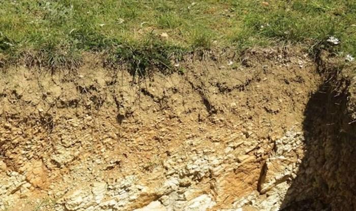 Fotka improvizirane kanalizacije iz Dalmacije postala hit; kako je ovo moguće u 2021.?