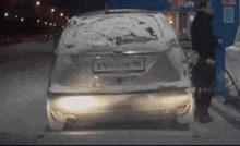 Ništa vam neće biti jasno kad vidite kako je ovaj tip natočio gorivo i s kojim posljedicama