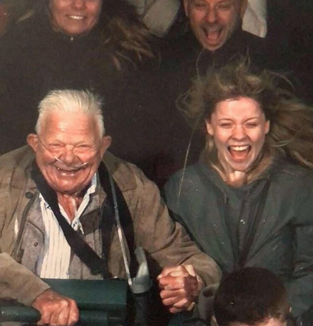 9. Moj 75-godišnji djed obožava vožnje na vlakićima smrti.😂🥰