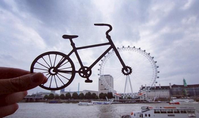 Fotograf pretvara europske znamenitosti u zabavne kreacije koristeći samo papirnate izrezotine