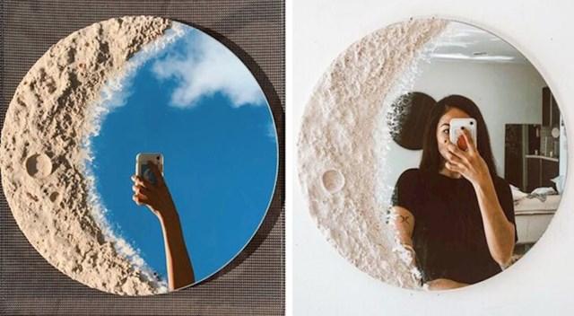 3. Ogledalo u obliku mjeseca.