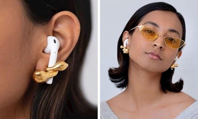 1. Ovo nije samo ukras za bežične slušalice, već ih sprječava da padnu.