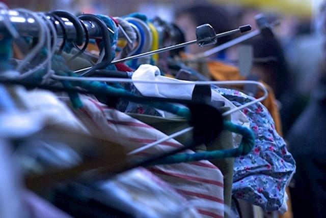 5. Reciklirajte vrećice za odjeću