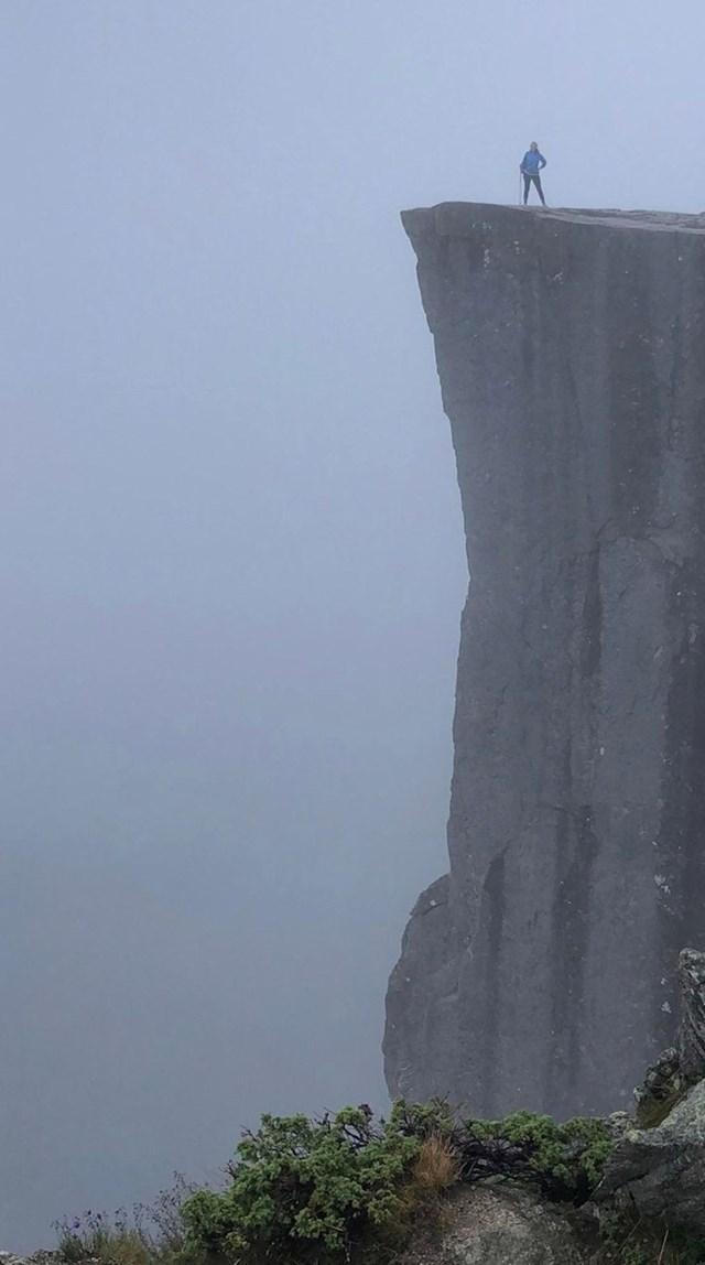 """""""Penjali smo se nekoliko sati do vrha i bili nagrađeni ovih prekrasnim prizorom."""""""