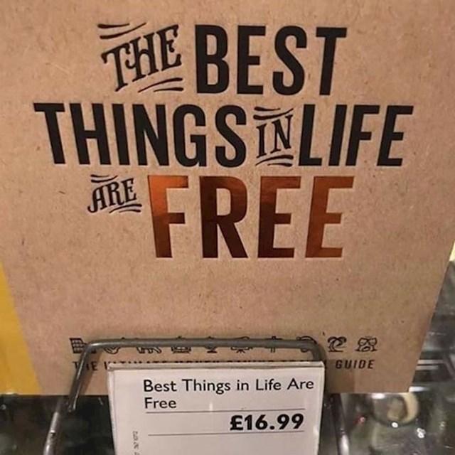 Zaposlenici ove knjižare imaju dobar smisao za humor.