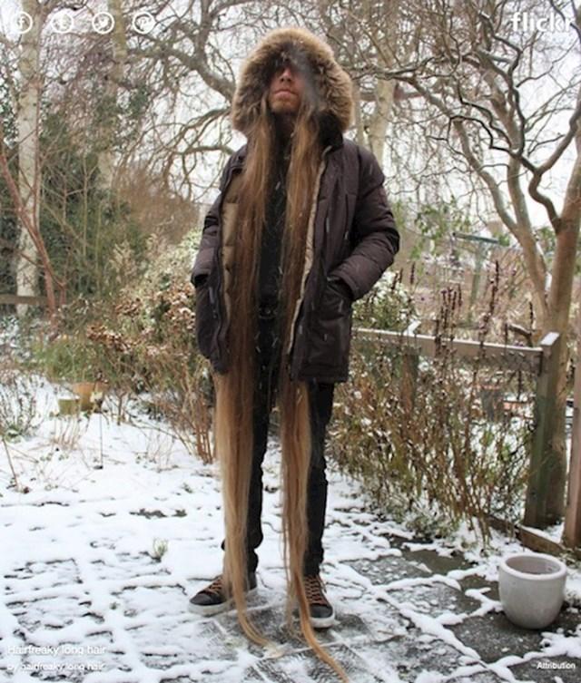 11. Ekstremno duga kosa dobro đođe zimi