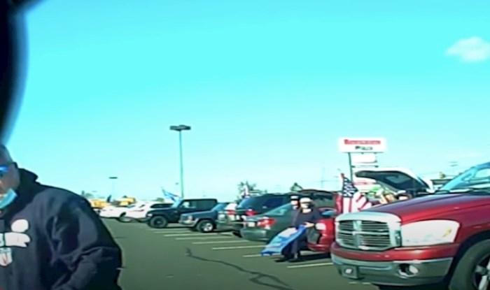 VIDEO Pokušao je izvući novce lažiranjem nesreće, ali nije znao da sve snima kamera