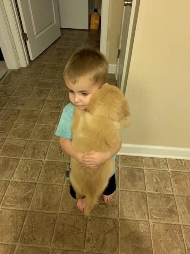 29. Dječak i pas - najbolji prijatelji.