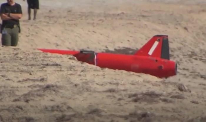 VIDEO 15 najstrašnijih stvari iz oceana koje su ljudi pronašli na plaži