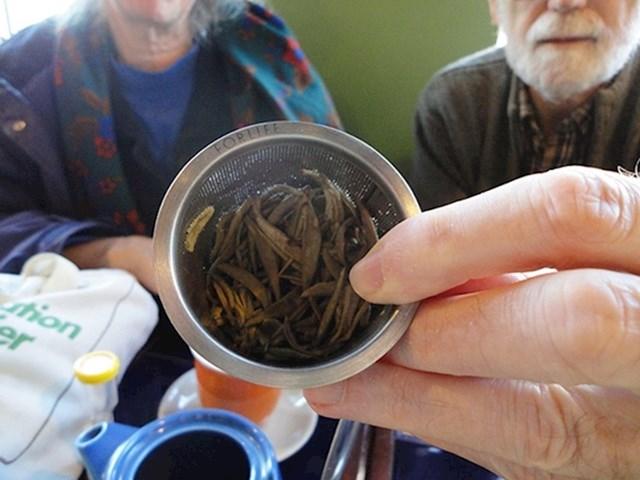 9. Kupujte lišće čaja umjesto onog u vrećicama