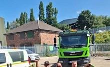 Radnicima iz Slovenije bilo je vruće, pa su se odlučili rashladiti i pritom nasmijali čitav internet