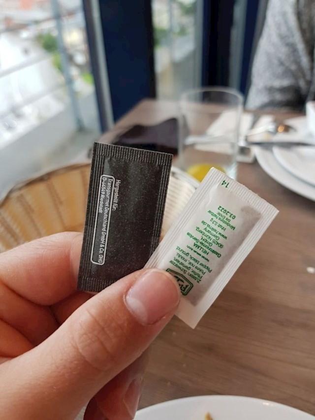 7. U crnoj vrećici je sol, a u bijeloj papar.