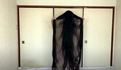 VIDEO Žena iz Japana nije se šišala 15 godina, kosa joj je duga 190 centimetara
