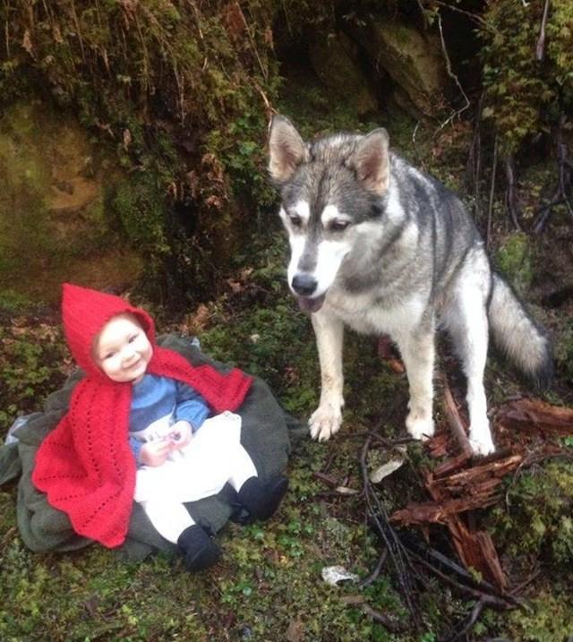 """""""Moja nećakinja i njezin pas kao Crvenkapica i vuk."""""""