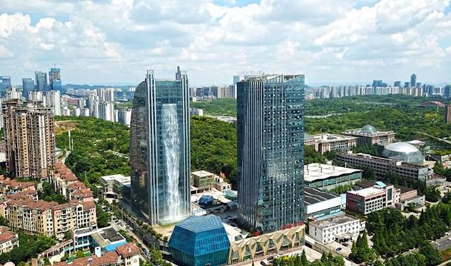 #1 Kineska građevinska tvrtka nedavno je stvorila zgradu koja izgleda kao dio znanstveno-fantastičnog filma