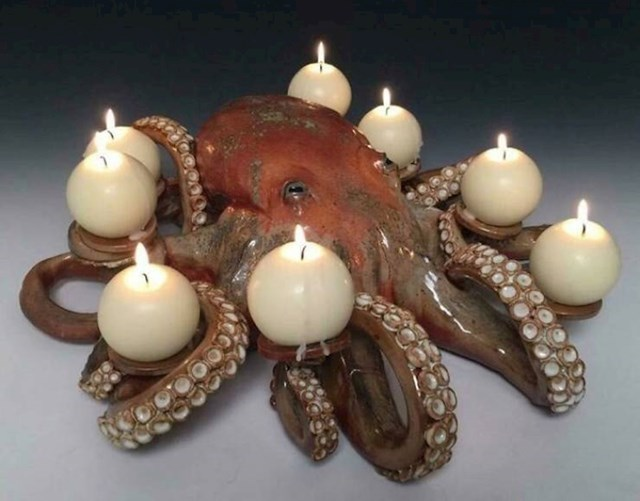 7. Svjećnjak u obliku hobotnice