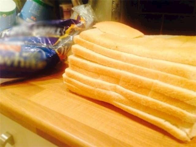 8. Zanimljivo narezan kruh za toast.