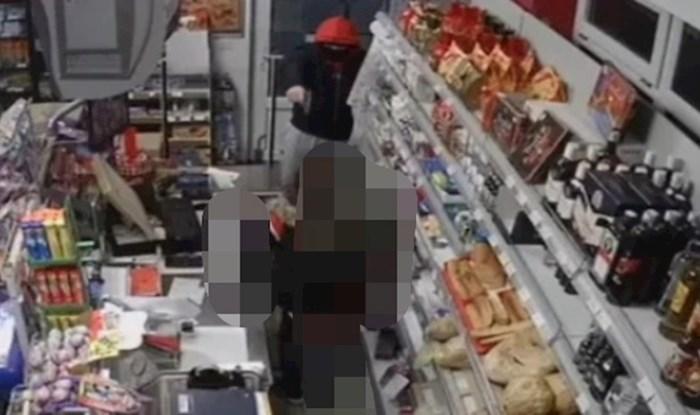 Pljačkaš je uperio pištolj u blagajnicu, ali nju to baš i nije impresioniralo