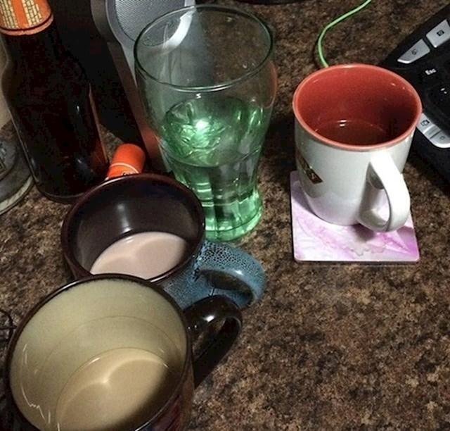 """10. """"Moja žena nikad ne popije sadržaj čaše ili šalice do kraja."""""""