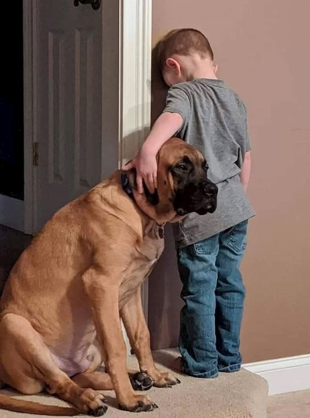 12. Kad si u time-outu, ali tvoj najbolji prijatelj ne želi da budeš sam.
