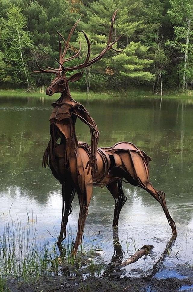 13. Vrlo zanimljiva skulptura