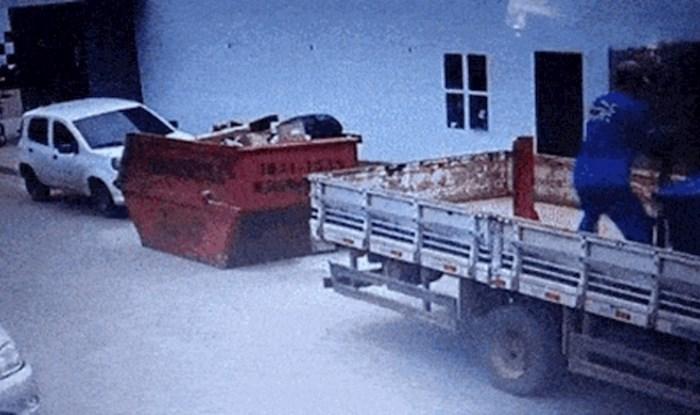 Nadzorna kamera snimila je dramatičnu nezgodu građevinskog radnika, morate pogledati