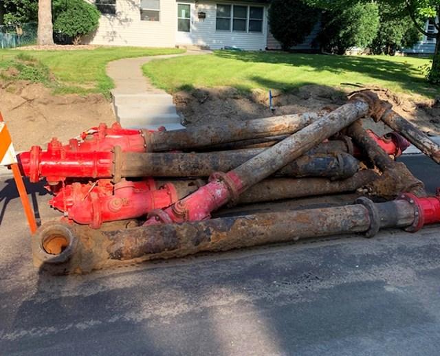 7. Ovako izgledaju podzemne vodovodne cijevi.