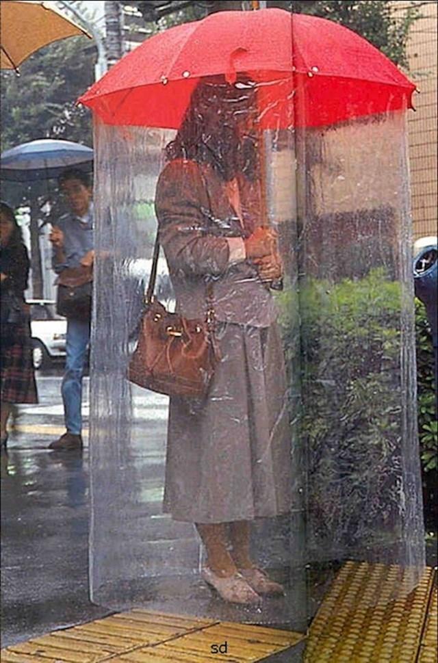 6. Kišobran uz koji vam neće pokisnuti odjeća