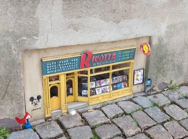 3. U Lundu postoji preslatka prodavaonica ploča za miševe.
