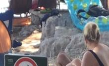Netko je na plaži snimio ljude koji su odlučili ignorirati znak zabrane pokraj njih i sve nasmijali