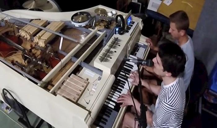 VIDEO Ukrajinski rokeri stvorili hibridni klavir koji sadrži 20 instrumenata u jednom
