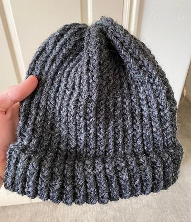 8. Prva vunena kapica koju sam sašio!