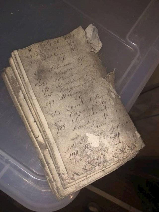 15. Pronašao sam ovu bilježnicu iz 1861. godine u podrumu, zakopanu pod prljavštinom. I novčić iz 1905. godine!