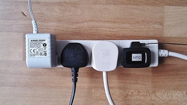 3. Isključujte električne uređaje iz struje