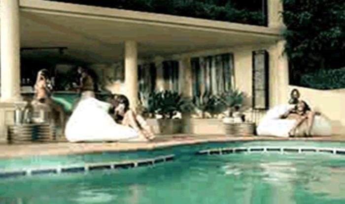 Tip je curi koja se sunčala pokraj bazena priredio groznu spačku, ovo je brutalno