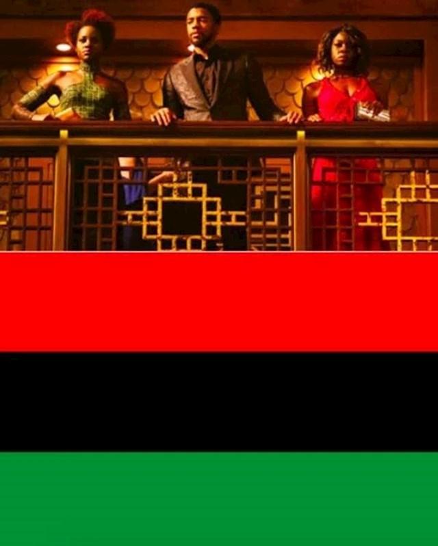 6. Tijekom casino scene u Crnoj Panteri, moda ima vrlo specifično značenje. Crvena, crna i zelena boja su boje Pan-afričke zastave.